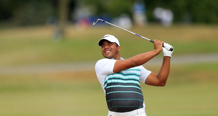 OAKVILLE, ON - JULY 24: Jhonattan Vegas of Venezuela plays his second shot on the 17th hole during the final round of the RBC Canadian Open at Glen Abbey Golf Club on July 24, 2016 in Oakville, Canada.   Vaughn Ridley/Getty Images/AFP