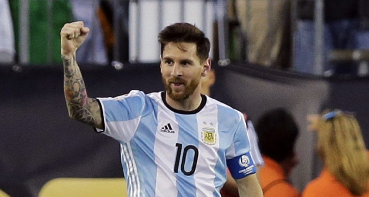 Argentina's Lionel Messi celebrates his goal against Venezuela during the second half of a Copa America Centenario quarterfinal soccer match on Saturday, June 18, 2016, in Foxborough, Mass. (AP Photo/Charles Krupa)