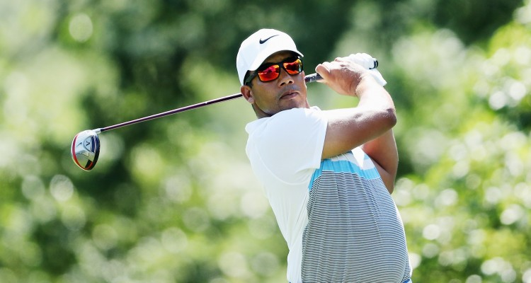 FARMINGDALE, NY - AUGUST 27: Jhonattan Vegas of Venezuela hits his tee shot on the fifth hole during the third round of The Barclays in the PGA Tour FedExCup Play-Offs on the Black Course at Bethpage State Park on August 27, 2016 in Farmingdale, New York.   David Cannon/Getty Images/AFP