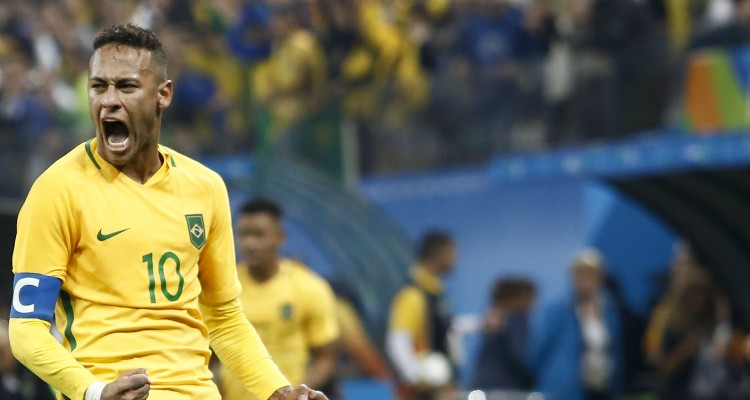 Neymar of Brazil celebrates after their Rio 2016 Olympic Games men's football quarterfinal match Brazil vs Colombia at the Corinthians Arena, in Sao Paulo, Brazil, on August 13, 2016. / AFP PHOTO / Miguel SCHINCARIOL