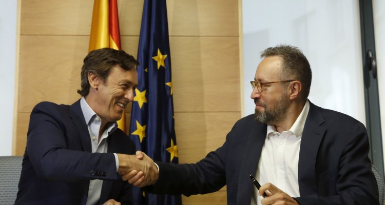 PP firman pacto