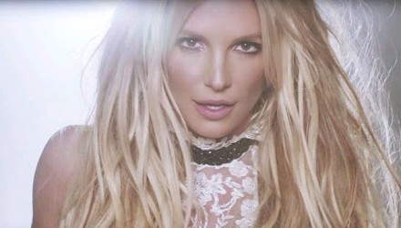 britney_spears_make_me_video_screenshot_h_2016