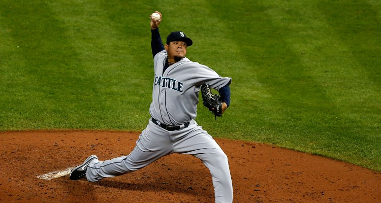HOUSTON, TX - APRIL 22:  Felix Hernandez #34 of the Seattle Mariners throws a pitch during the fourth inning of the game against the Houston Astros at Minute Maid Park on April 22, 2013 in Houston, Texas.  (Photo by Scott Halleran/Getty Images)