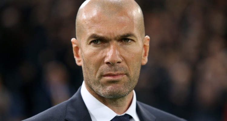 ROMA - FEBRUARY 17: Coach of Real Madrid Zinedine Zidane looks on during the UEFA Champions League round of 16 first leg match between AS Roma and Real Madrid CF at Stadio Olimpico on February 16, 2016 in Roma, Italy. (Photo by Jean Catuffe/Getty Images)